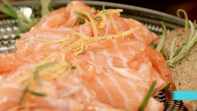 Mitä tänään syötäisiin?, Jakso 202: Appelsiini-rosmariinigraavattu lohi
