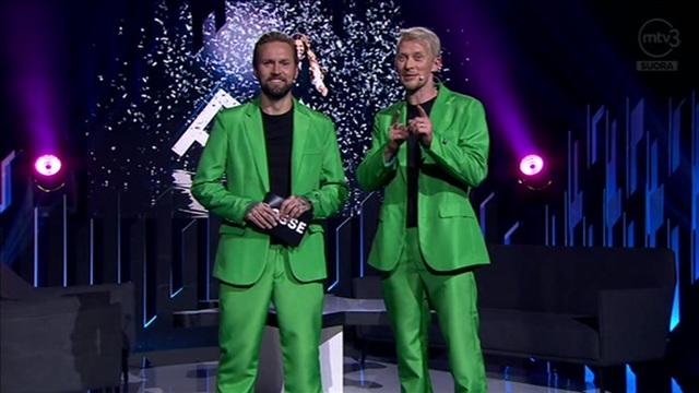 2. Mukana mm. Sara Sieppi, Pekka Haavisto ja Tuija Pehkonen