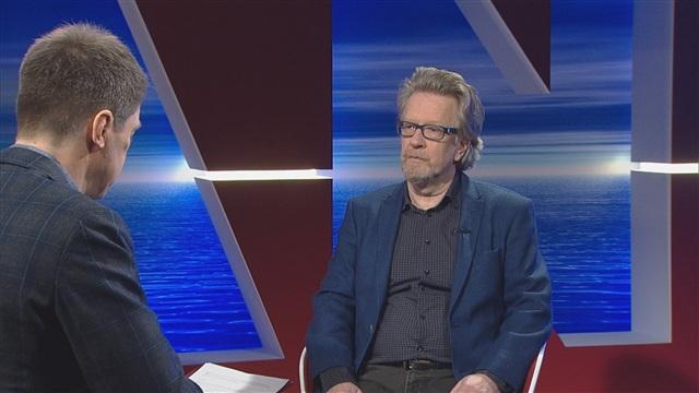 7. Vieraina Kari Enqvist ja Katri Helena